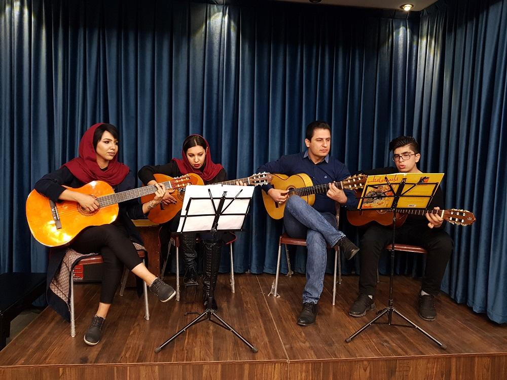 اجرای هنرجویان آموزشگاه موسیقی گام آذر 96